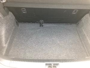 Volkswagen Polo Vivo hatch 1.4 Comfortline - Image 19