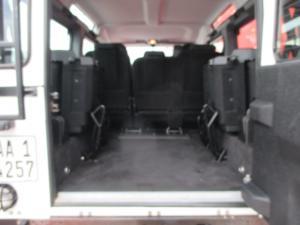 Land Rover Defender 110 TD multi-purpose S - Image 12