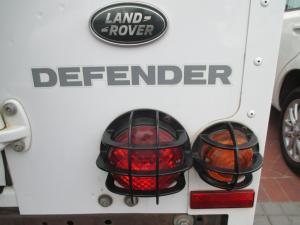 Land Rover Defender 110 TD multi-purpose S - Image 23