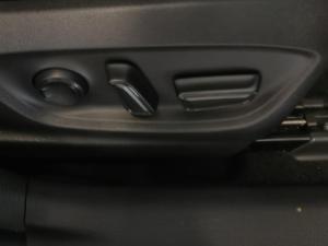 Toyota Corolla 1.8 XS - Image 14