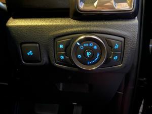 Ford Ranger 2.0D BI-TURBO Thunder 4X4 automaticD/C - Image 2