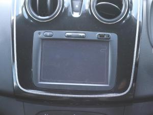Renault Sandero 900T Stepway PLUS/TECHROAD - Image 11