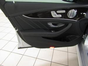 Mercedes-Benz AMG E63 S 4MATIC - Image 10