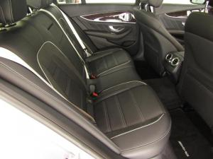 Mercedes-Benz AMG E63 S 4MATIC - Image 9
