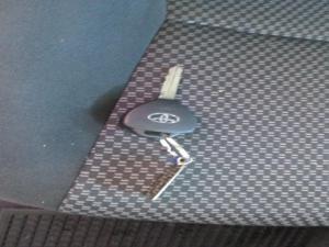 Toyota Auris 1.6 XS - Image 14