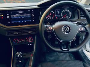 Volkswagen Polo hatch 1.0TSI Comfortline - Image 13
