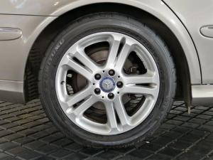 Mercedes-Benz E 200K Avantgarde - Image 19