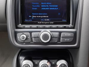 Audi R8 4.2 quattro - Image 12