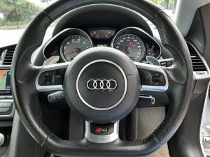 Audi R8 4.2 quattro - Image 25