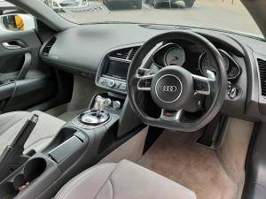Audi R8 4.2 quattro - Image 7