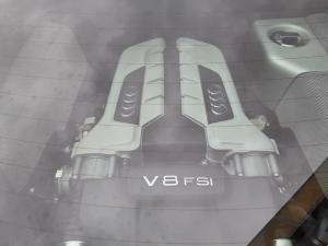 Audi R8 4.2 quattro - Image 8