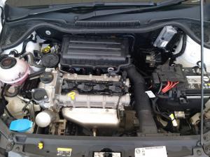 Volkswagen Polo sedan 1.4 Trendline - Image 19