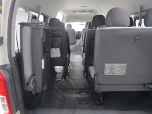 Toyota Quantum Hiace 2.5 D-4D 14 Seat - Image 14
