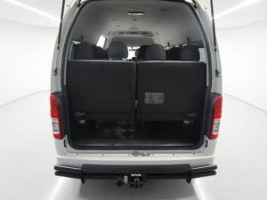 Toyota Quantum Hiace 2.5 D-4D 14 Seat - Image 2