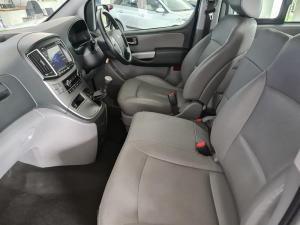 Hyundai H-1 2.5 Crdi A/T/ 2.5 Elite automatic - Image 9