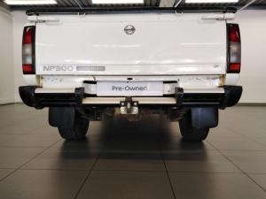Nissan NP300 Hardbody 2.5TDi Hi-rider - Image 4