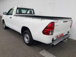 Toyota Hilux 2.4GD (aircon) - Image 9