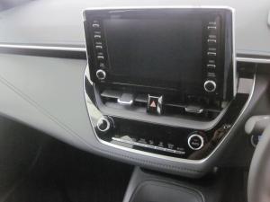 Toyota Corolla 2.0 XR - Image 11