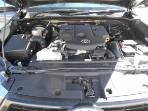 Toyota Hilux 2.8GD-6 double cab Raider auto - Image 13