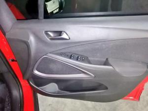 Opel Crossland X 1.6TD Enjoy - Image 13