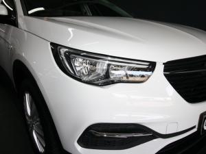 Opel Grandland X 1.6 Turbo Enjoy - Image 12