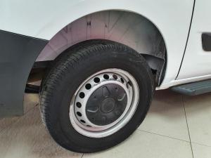 Ford Tourneo Custom 2.2TDCiAmbiente SWB - Image 9