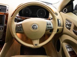 Jaguar XKR Coupe - Image 10