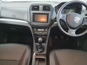 Suzuki Vitara Brezza 1.5 GLX - Image 5