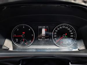 Volkswagen Caravelle 2.0BiTDI Highline - Image 21