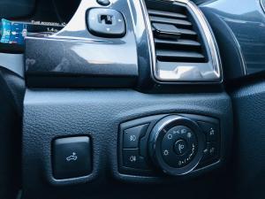 Ford Ranger 2.0Bi-Turbo double cab Hi-Rider Wildtrak - Image 17
