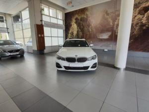 BMW 320i M Sport Launch Edition automatic - Image 10