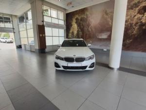 BMW 320i M Sport automatic - Image 10