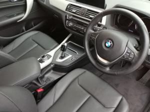 BMW 1 Series 118i 5-door auto - Image 5