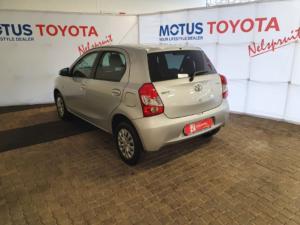 Toyota Etios hatch 1.5 Xi - Image 15