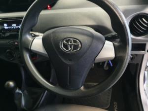 Toyota Etios hatch 1.5 Xi - Image 8