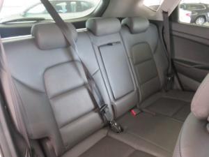 Hyundai Tucson 2.0 Crdi Elite automatic - Image 4