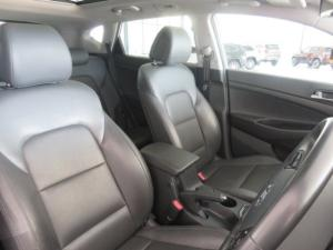 Hyundai Tucson 2.0 Crdi Elite automatic - Image 6