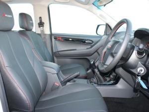 Isuzu D-Max 250 double cab X-Rider - Image 13