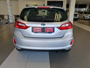 Ford Fiesta 1.0T Trend auto - Image 4