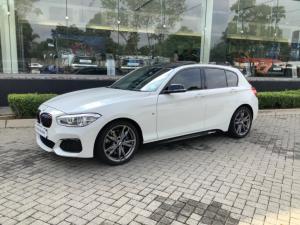 BMW 1 Series M135i 5-door sports-auto - Image 1