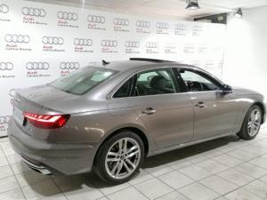 Audi A4 2.0T FSI Advanced Stronic - Image 12