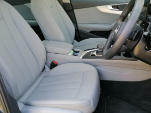 Audi A4 2.0T FSI Advanced Stronic - Image 3