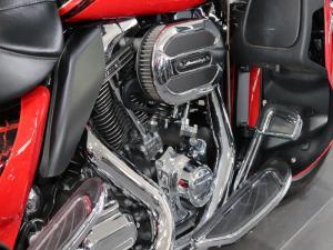 Harley Davidson CVO Ultra Limited - Image 8