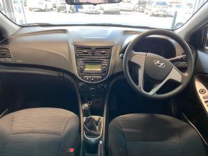 Hyundai Accent 1.6 GL - Image 7