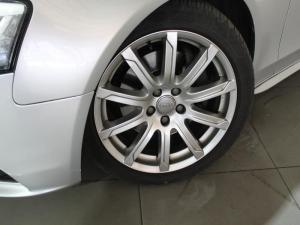 Audi A4 3.0 TDI Quattro Stronic - Image 2