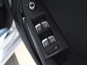 Audi A4 3.0 TDI Quattro Stronic - Image 8