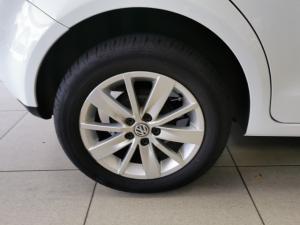 Volkswagen Polo Vivo hatch 1.6 Comfortline - Image 10
