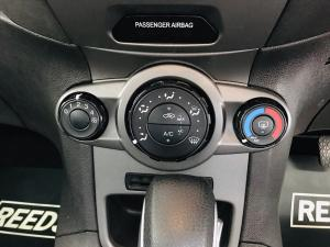 Ford Fiesta 5-door 1.4 Ambiente - Image 14