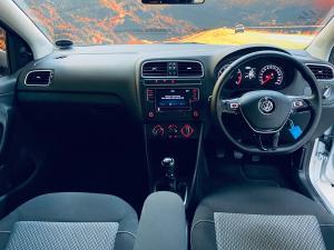 Volkswagen Polo Vivo hatch 1.6 Highline - Image 12