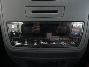 Toyota Avanza 1.5 SX automatic - Image 16